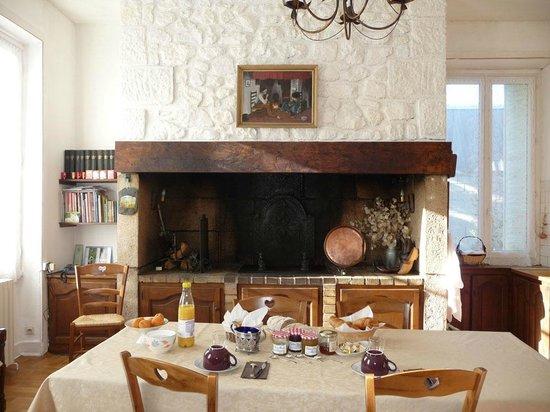 Villa Berthe : Cuisine salle à manger