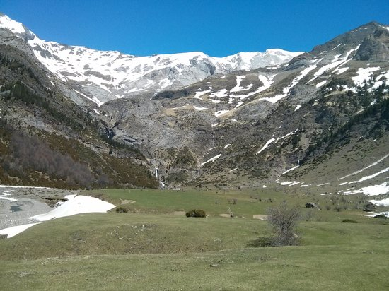 Valle de Pineta: Llanos de la Larri