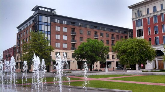 Andaz Savannah: The Andaz from Ellis Square