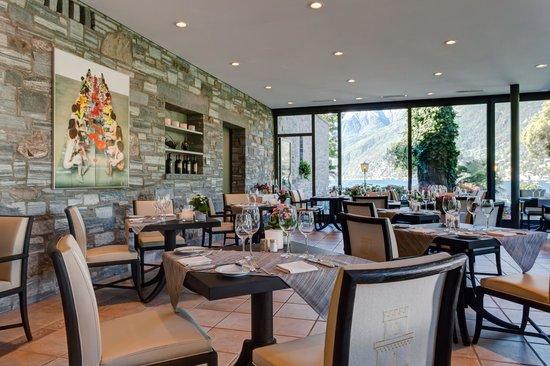 Ristorante Al Lago - Romantik Hotel Castello-Seeschloss: Ristorante al Lago