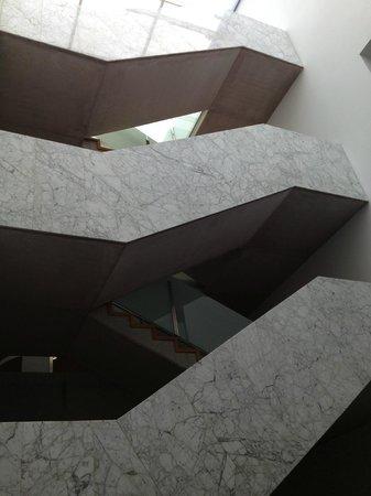 Onix Rambla Hotel: Detalhe das escadas do hotel