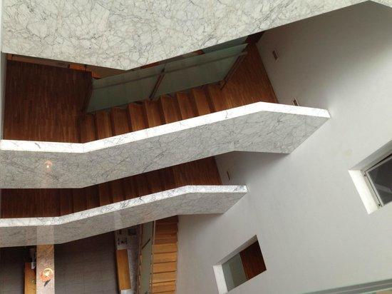 Onix Rambla Hotel: Escadas do hotel