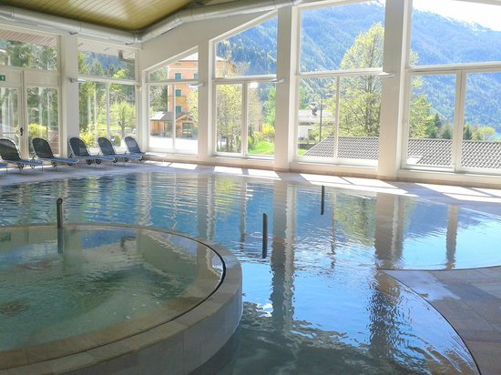 Alpenresort Belvedere Wellness & Beauty: piscina del centro benessere