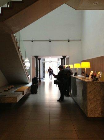 Onix Rambla Hotel: Hall de entrada do Onix Rambla