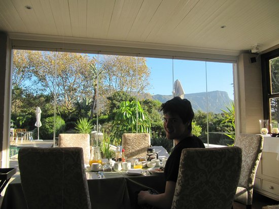 Summit Place Guesthouse: Your view for breakfast