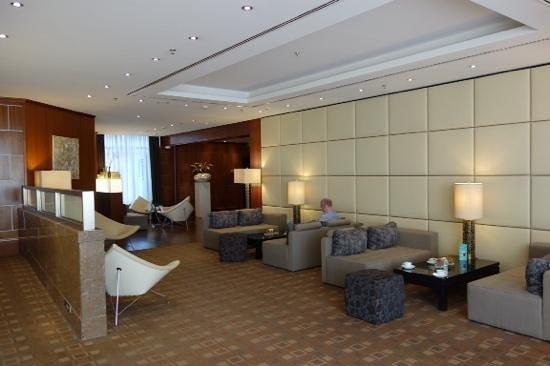 Le Meridien Frankfurt: lobby