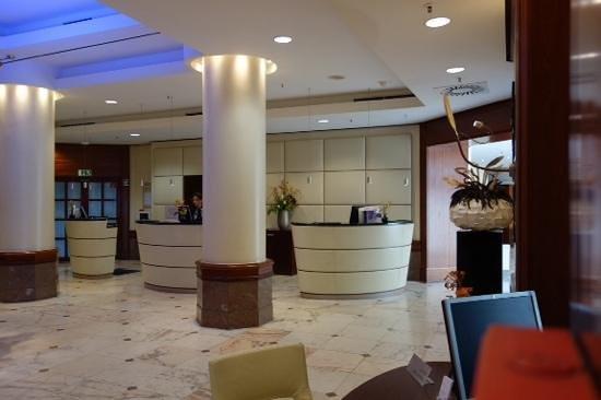 Le Meridien Frankfurt : lobby
