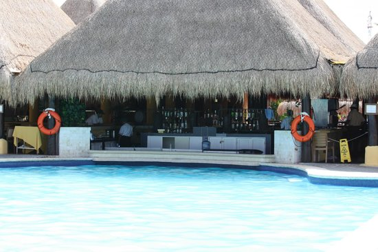 Allegro Cozumel: Pool bar