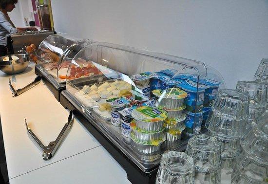 Hotel Standard Design : Завтраки (шведский стол)