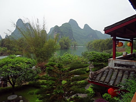 Yangshuo Mountain Retreat: Amazing view from our room!