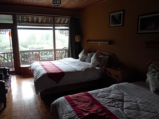 Yangshuo Mountain Retreat: Bed