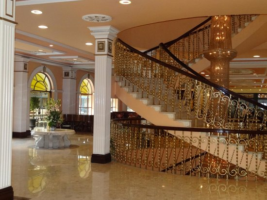 Concorde El Salam Hotel Cairo by Royal Tulip: View in Reception area
