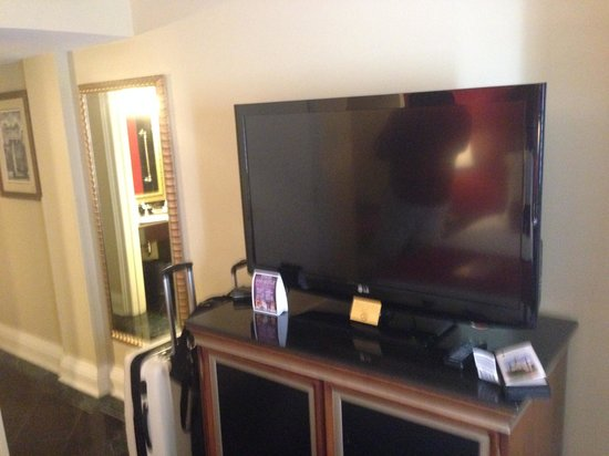Bourbon Orleans Hotel: TV
