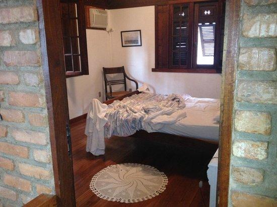 Casalegre Art Vila B&B - Santa Teresa: chambre dans la brickhouse!