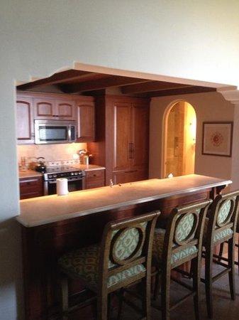 The Cloister at Sea Island: Kitchen/Bar Area