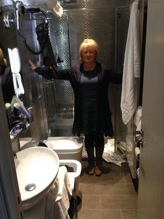 Palazzetto Madonna: Bathroom ?