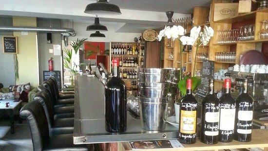 Le 58: Le bar