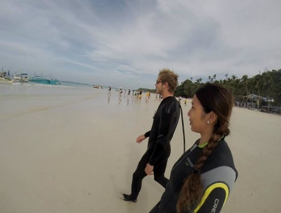 Free Willy Diving: White Sand