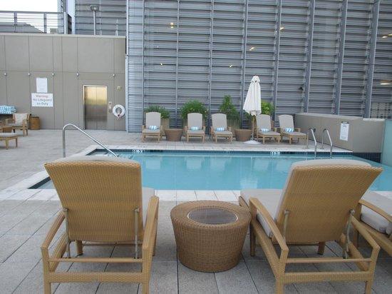 Westin Phoenix Downtown: Pool