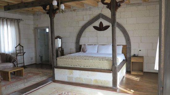 Ottoman Cave Suites : esempio di camera
