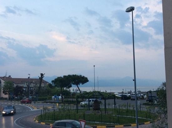 Hotel Cristal: vista lago