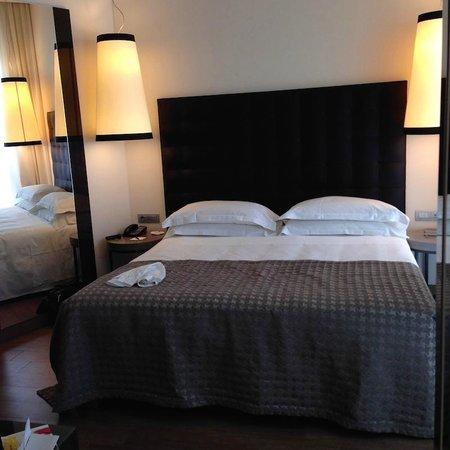 Starhotels E.c.ho.: Кровать