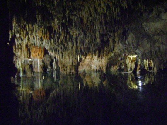 Aktun Chen: Awe Inspiring Cave