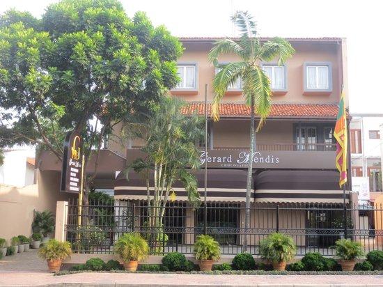 Gerard Mendis Chocolatier : Flagship Store