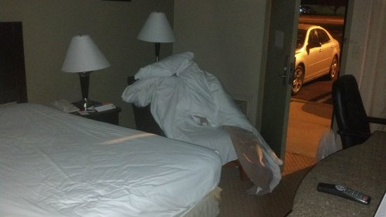 Howard Johnson Inn Cleveland Airport : Welcome to your room!