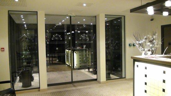 L'Agapa Hotel SPA Nuxe: l'entrée du restaurant