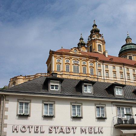 Hotel Stadt Melk Zu F 252 223 En Des Klosters Picture Of Hotel