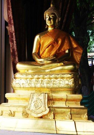 Wat Indra Viharn : 5