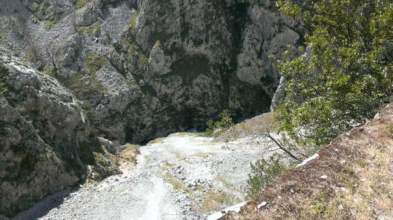 The Cares Gorge: You need a head for heights!