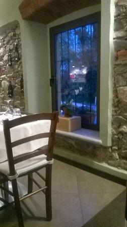Ristorante Pizzeria Borgo San Giovanni : L'interno del ristorante