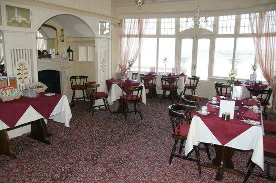 Villa Marina: The dining room