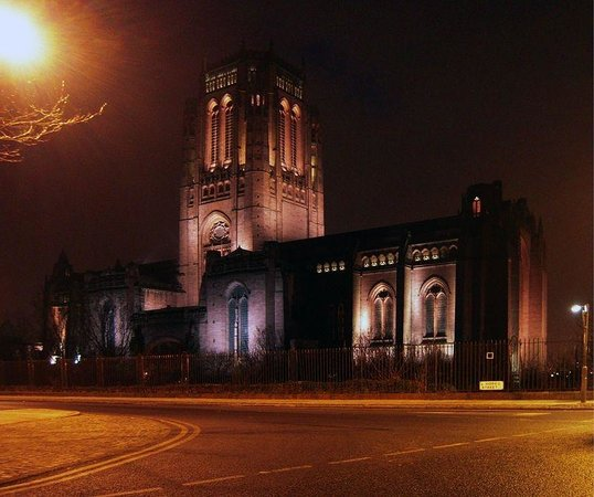 Liverpool cathedral at nigjt