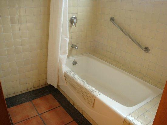 Destapar Una Tina De Baño:de Hosteria Las Quintas Resort Spa, Cuernavaca: Tina de baño, en una