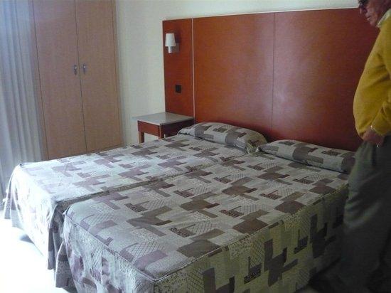 Hotel Oasis Plaza : nuestra habitacion