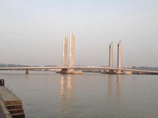 Le Pont Jacques Chaban Delmas: Le pont