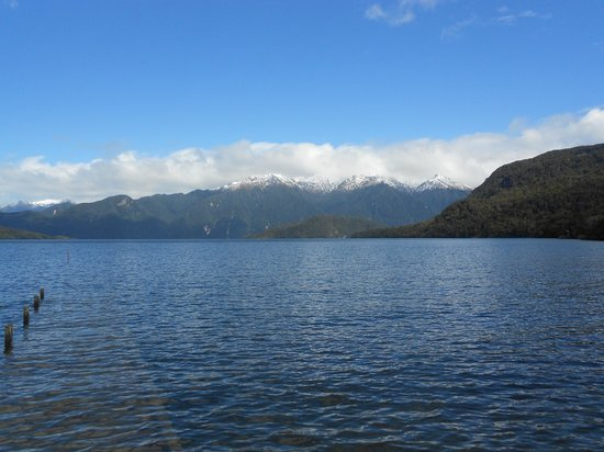 Tuatapere, Nouvelle-Zélande : Lake Hauroko, deepest in New Zealand