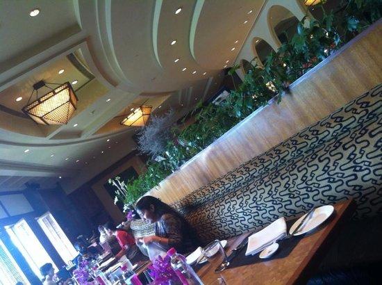 Taj Mahal Hotel: Breakfast
