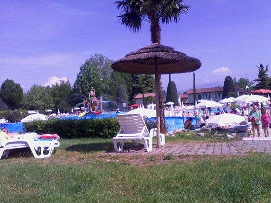 Camping Bella Italia: Piscina