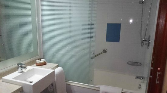 Novotel Cusco : Bath/shower