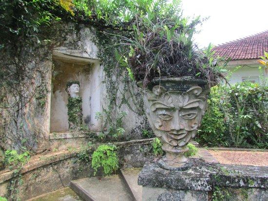Bentota, Sri Lanka: Sculpture garden