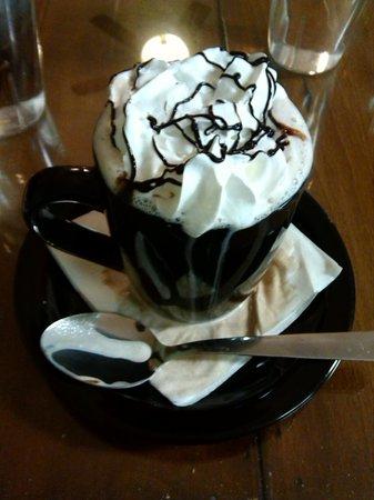 Crepe World: The Hot Chocolate