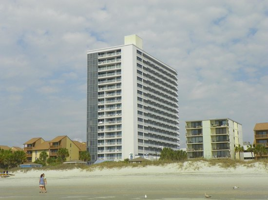 Forest Dunes Resort: Hotel from the beach