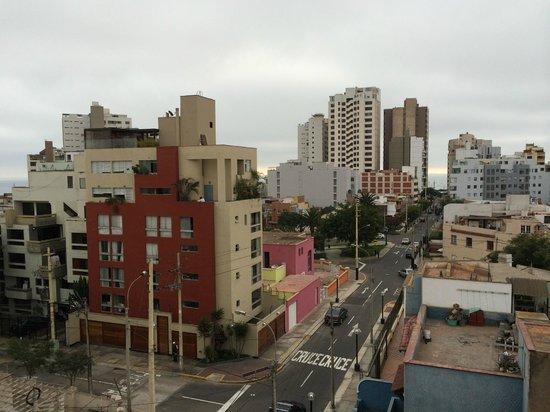 Hotel Runcu Miraflores : View from hotel room