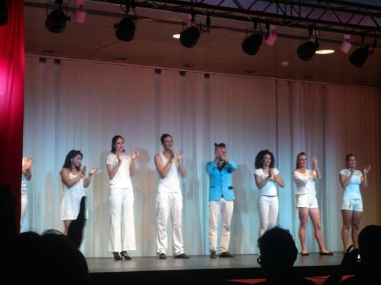 Hotel Elba Carlota : Entertainment night: