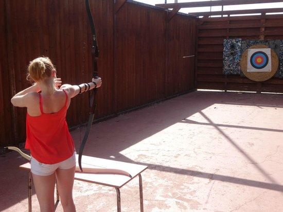 Hotel Elba Carlota : The worst display of archery ever to grace the Elba Carlota