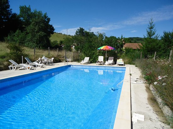 Domaine Thomson: Large pool in beautiful surroundings 12 x 6 metres.